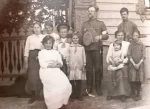 Семья Мясниковых
