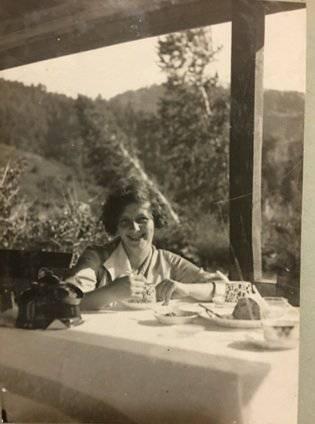 Инна Александровна Мясникова (Вознесенская), твоя прабабушка. Алтай, Белокуриха